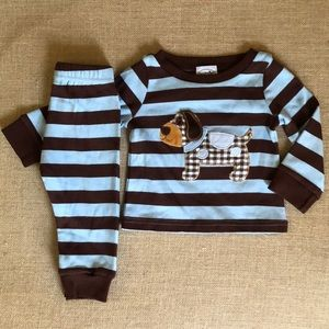 Like new Mud Pie striped dog snug fit pajamas